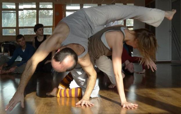 Contact Improvisation Training/ Morning Classes